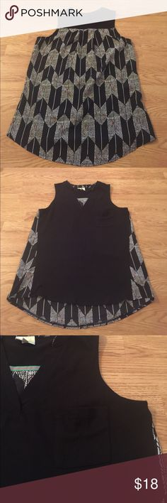 Anthropologie  Porridge arrow print sleeveless Euc 19in bust 9in arm hole high low the front is shoulder to hem 27 back is 30 any other questions please ask! Anthropologie Tops Tank Tops