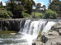 Haruru Falls - New Zeland