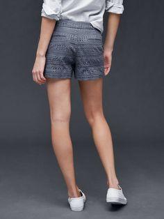 http://api.shopstyle.com/action/apiVisitRetailer?id=511464452&pid=uid4209-1029297-15&utm_campaign=email_women_chatNo_shoppingContextSearch&utm_medium=Organic