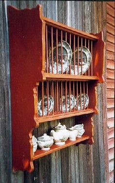Early Hudson Valley Hanging Plate Rack by MountainShop on Etsy Plate Rack Wall, Plate Racks, Hanging Plates, Plates On Wall, Stone Ridge, Cabinet Makers, Hudson Valley, Kitchen Interior, Kitchen Storage