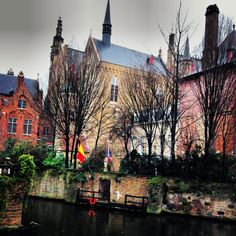 Brujas, Belgica, one of my favorite places, for sure on my list!