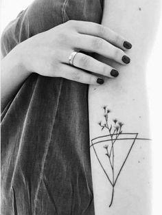 #geometric #flowers #arm #tattoo #feminine #Papirouge