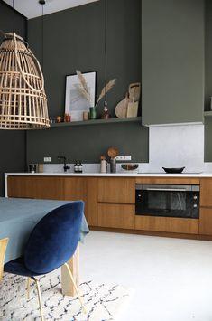 Home Decor Luxury Green Kitchen, New Kitchen, Kitchen Interior, Kitchen Decor, Küchen Design, Interior Design, My Kitchen Rules, Home Room Design, Home Kitchens