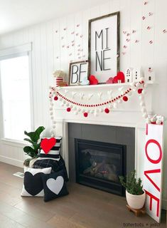 Be Mine Valentine& Day Mantel Ideas! Create a beautiful mantel with these easy and inexpensive DIY ideas -- modern metal letter typography signs, banners and paper hearts! Diy Valentine's Day Decorations, Valentines Day Decorations, Valentine Day Crafts, Decor Ideas, Valentine's Home Decoration, Fun Valentines Day Ideas, Valentine Party, Valentinstag Party, Diy Mantel