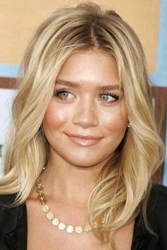25+ Latest Long Bobs For Round Faces   Bob Hairstyles 2015 - Short Hairstyles for Women