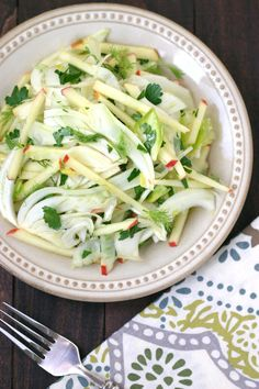 This light, crunchy, and refreshing recipe for Fennel Apple Salad with Endive combines fragrant fresh fennel with sweet-tart apples. Fennel And Apple Salad, Fennel Salad, Endive Recipes, Salad Recipes, Fennel Recipes, Vegetarian Recipes, Cooking Recipes, Healthy Recipes, Clean Eating