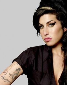 Amy Winehouse James Bond 007 tattoo