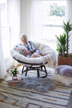 Shaun Sullivan and Nyssa Zinn's Shoot for // Poppy Creative Agency in Bay Area // Photographer: Shaun Sullivan Bedroom Corner, Room Ideas Bedroom, Home Bedroom, Bedroom Decor, Bedrooms, Living Room Designs, Living Room Decor, Aesthetic Room Decor, Cozy Room