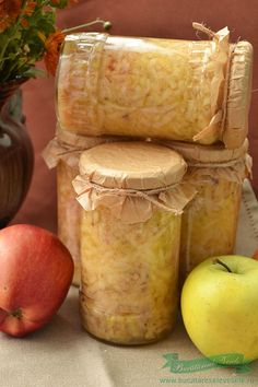 Apples in a jar without preservatives and sugar How To Make Jelly, Making Jelly, Preserves, Pantry, Diy And Crafts, Frozen, Food And Drink, Jar, Cheese
