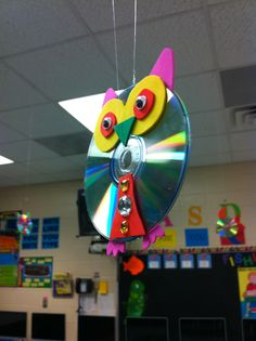 Owl made from old CD's
