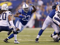 1f5328997a0 Indianapolis Colts running back Frank Gore (23) runs for a first down  during the