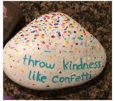 Pebble Painting, Pebble Art, Stone Painting, Diy Painting, Happy Rock, Rock Painting Ideas Easy, Rock Painting Designs, Stone Crafts, Rock Crafts