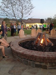 outdoor fire pit... Love the chairs too!