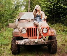 I like a girl that gets dirty with her jeep.