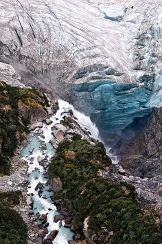 via intothegreatunknown / Fox Glacier Tour | New Zealand