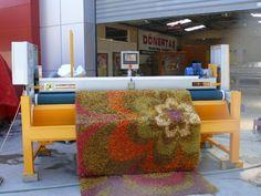 Carpet Sweeping and Finishing Machine  http://carpetwashingmachine.com/haliyikama-makinalari.aspx?kimlik=16-hali-hav-alma-makinasi
