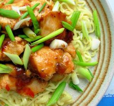 Easy 5:2 Fast Day Recipe: Chinese Garlic,Ginger & Honey Chicken with Noodles (200 Calories)