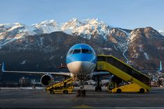Thomson Airways | Boeing 757-28A | G-OOBA | Innsbruck | LOWI | INN | Febuary18, 2012