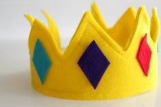 DIY Felt Crown for a lesson on 'behaving like the sons and daughters of the King of kings'