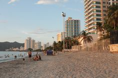 Playa Salguero, Santa Marta - Colombia Santa Marta, Photography Lessons, San Francisco Skyline, Travel, Colombia, Beach, Fotografia, Photography Classes, Viajes