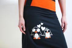 Rock mit Pinguinen, Handsiebdruck von Spangeltangel auf DaWanda.com
