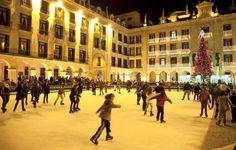 Patinaje sobre hielo en la Porticada - Turismo de Cantabria - Portal Oficial de Turismo de Cantabria - Cantabria - España
