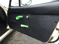 Miata NA Abs doors with Porsche strap latches and an actual locking mechanism are done and here. #miata #miatana #mx5 #mazda #mazdamiata #miatamx5 #eunos #roadster #porschepullstraps