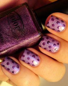 Monochromatic purple dots