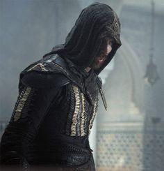 "Michael Fassbender as Callum Lynch /Aguilarin ""Assassin's Creed"""