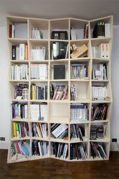 Libreria Archivolando - Libreria studio d'architettura Archivolando - Tuoro Sul Trasimeno, Italy - 2009 #storage #bookcase
