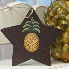 Primitive Rustic Star with Pineapple Ornament