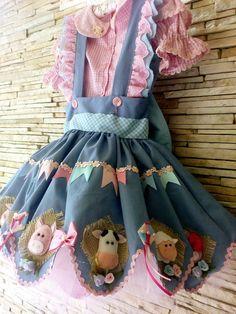 Vestido de quadrilha fazendinha rosa  saia com anágua de tule  Pode ser adaptado para vários temas