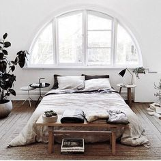 5 Healthy Simple Ideas: Minimalist Home Modern Decorating Ideas minimalist living room decor rugs.Minimalist Living Room Apartment Loft minimalist home interior japanese style.Minimalist Home Essentials Woods. Dream Bedroom, Home Bedroom, Bedroom Decor, Bedroom Ideas, Bedroom Designs, Winter Bedroom, Bed Ideas, Decor Ideas, Headboard Ideas