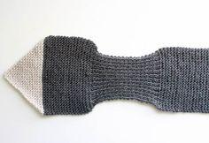 Fox Scarf [knitting pattern- women
