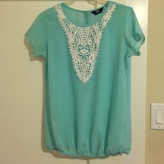 Mint Blouse Beautiful flowy mint blouse that cinches at the waist Tops Blouses