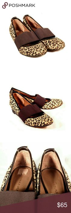 """DONALD J. PLINER LEOPARD WIDE BAND CALF HAIR FLATS DONALD J PLINER LEOPARD WIDE ELASTIC BAND CALF HAIR FLATS Pre-Loved/EUC SZ 6M  Gently Used . Calfskin Hair. Wide 2"""" Elastic Band to Keep Ur Foot Intact. Approx 1"""" Patent Leather Heel  Colors May Not be Exact due to Lighting or Ur Screen  Meas R Approx & Can be Interpreted Differently on How U Measure Donald J. Pliner Shoes Flats & Loafers"""