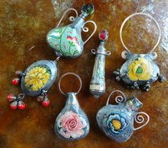 Tin Art, Jewelry Crafts, Polymer Clay, Recycling, Necklaces, Drop Earrings, Christmas Ornaments, Beads, Holiday Decor