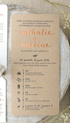 Faire-part Champêtre avec programme, impression Letterpress et dorure à chaud Cuivre sur papier kr Wedding Cards, Diy Wedding, Rustic Wedding, Wedding Invitations, Wedding Day, Autumn Wedding, Wedding Rings, Jewel Tone Wedding, Letterpress Printing