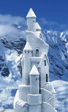 Snow Castle - winter photo (http://www.fanpop.com/spots/winter/images/456014/title/snow-castle-photo)