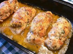 It's no secret that I prefer chicken thighs over chicken breasts. They're inexpensive, easy, and super tasty! The meat is just dark enough to stay juicy, Lemon Roasted Chicken, Roasted Chicken Thighs, Chicken Breasts, Food Network Recipes, Cooking Recipes, Czech Recipes, Meat Lovers, What To Cook, Bellisima