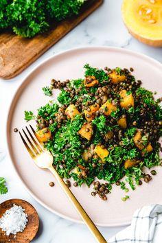 Kürbis-Linsen-Salat mit 5 Zutaten · Eat this! Foodblog • Vegane Rezept Quick Easy Vegan, Vegan Recipes Easy, Fall Recipes, A Food, Food And Drink, Vegan Food, Eat This, Winter Food, Soup And Salad