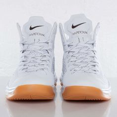 0b7bac535bf0 Undefeated x Nike Hyperdunk 2012 -