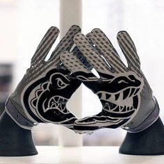 sports shoes 97e20 f97c9 University of Florida Gators - game football gloves with logo - picture in  black   White