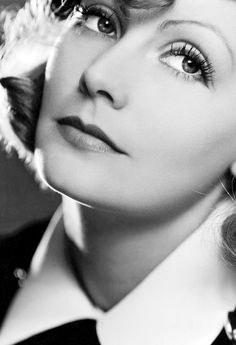 Ive always loved Greta Garbo and her movies. She was beautiful. Greta Garbo - c. Old Hollywood Glamour, Golden Age Of Hollywood, Vintage Hollywood, Hollywood Stars, Classic Hollywood, Classic Movie Stars, Classic Films, Timeless Beauty, Classic Beauty