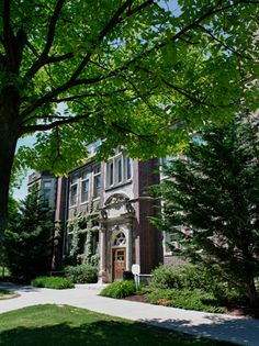 Smith Hall houses the deans' offices of Hobart and William Smith Colleges. Hobart And William Smith, Student Centered Learning, Smith College, Seneca Lake, Hall House, Learning Environments, Colleges, Geneva, 21st Century