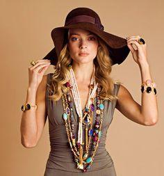 love the whole boho inspired look ☮ Hippie Chic, Hippie Style, Bohemian Style, Boho Chic, Hippie Masa, Petite Fashion, Boho Fashion, Victoria Fashion, Boho Life