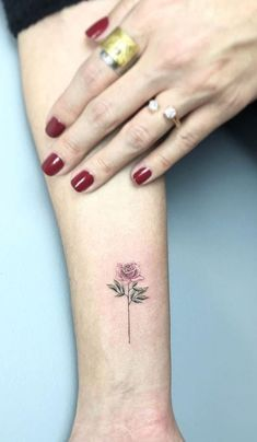 100 Awesome Tattoos by Amazing Artist Eva Krbdk - TheTatt Tree Tattoos, Flower Tattoos, Girl Tattoos, World Travel Tattoos, Professional Tattoo, Awesome Tattoos, Tattos, Tattoo Artists, Tattoo Designs