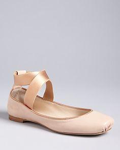 Chloe Pointe Shoe Ballet Flats