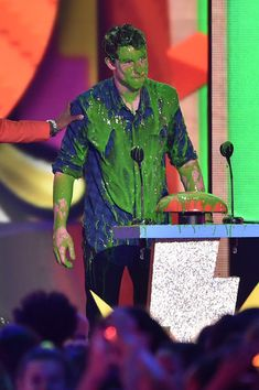 Shawn Mendes Photos - Musician Shawn Mendes gets slimed onstage during Nickelodeon's 28th Annual Kids' Choice Awards held at The Forum on March 28, 2015 in Inglewood, California. - Shawn Mendes Photos - 1323 of 1857