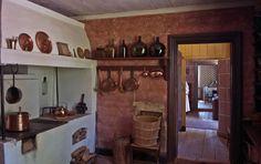 Kivalterin talo: keittiö